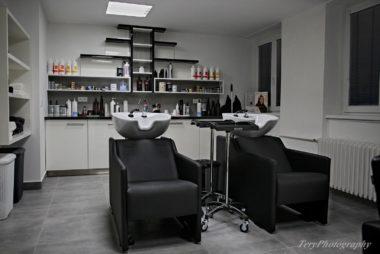 Kadeřnictví a kosmetika